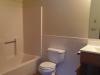 1949-Western-Ave-905-Bathroom-2