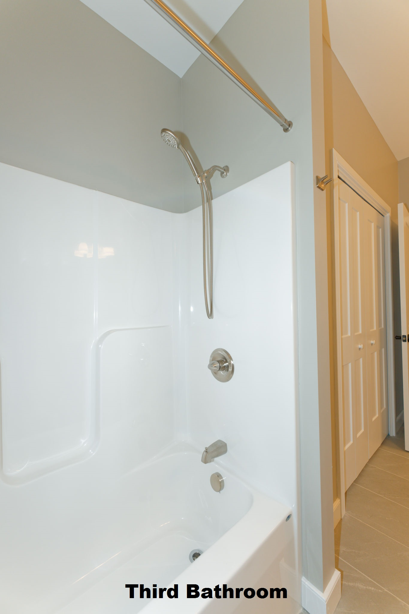 6-Bath-3