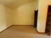 610-kings-rd-4-Living-Room-2