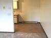SV#905 living room entrance to kitchen 2